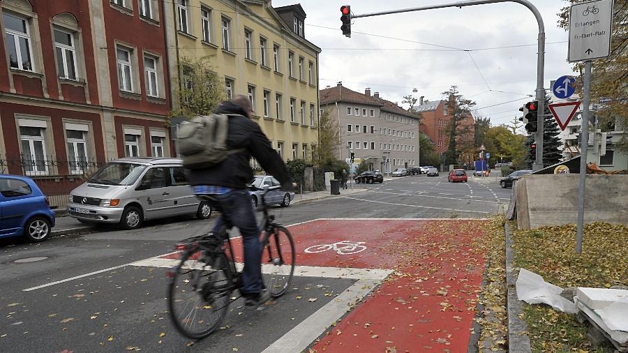 Längst nicht überall in Nürnberg ist die Situation für Radfahrer so gut wie an der Kreuzung Piloty-/Pirckheimerstraße.