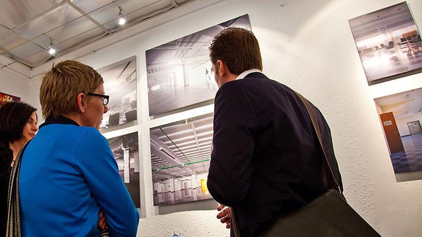 Außerdem mit dabei bei den Ausstellern: Architektin Sarah Sternkopf (links).