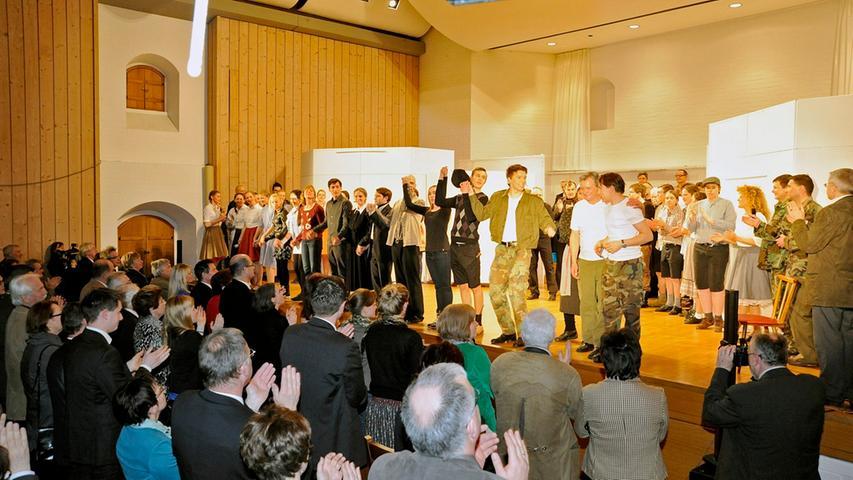 Standing Ovations am Ende der Aufführung des Musicals