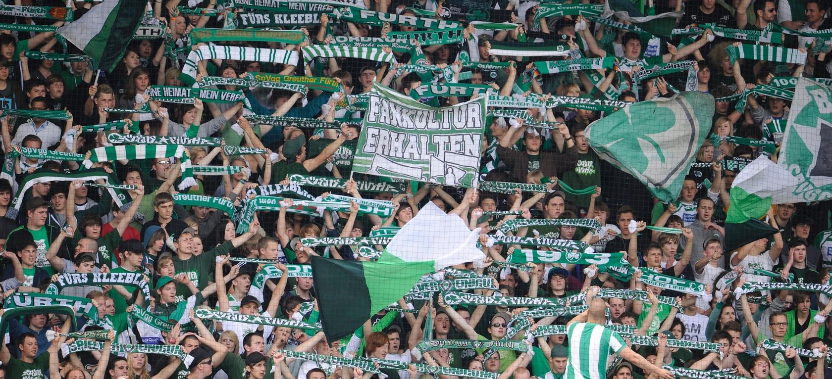 Nach einem Einbruch im Vereinsheim Sportfreunde Ronhof erhebt die Fan-Vereinigung Horidos schwere Vorwürfe gegen FCN-Ultras.