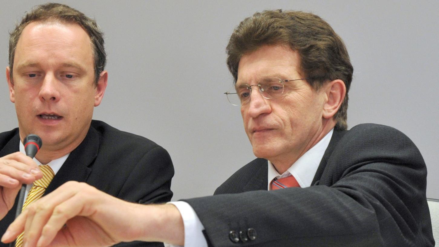 Ein Bild aus guten Tagen: Georg Winter (rechts) sitzt einträchtig mit dem gewesenen Finanzminster Georg Fahrenschon an einem Tisch.
