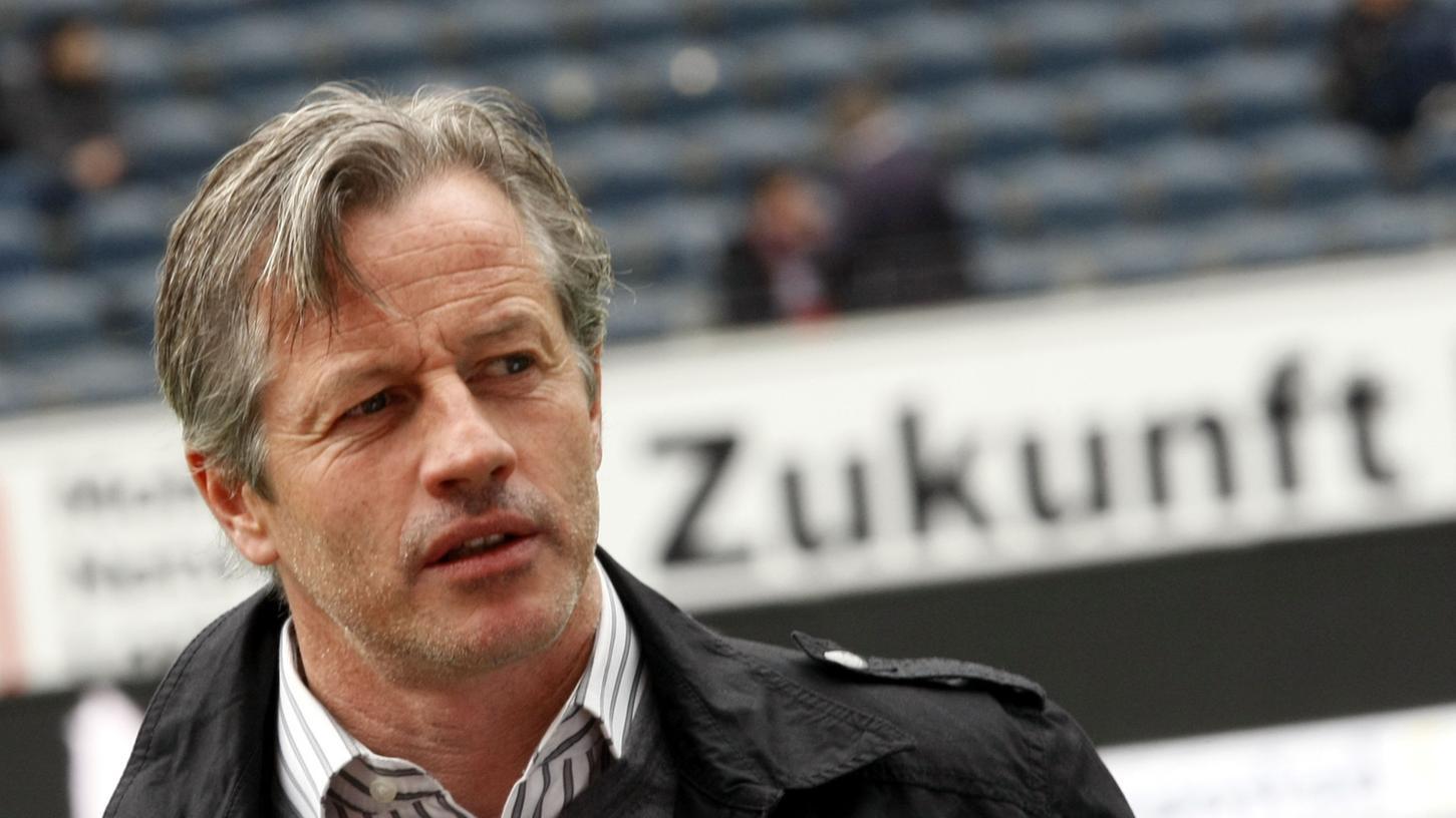 Mit Jens Keller in die Zukunft. Der Ex-Schalker soll den Club aus der Krise führen.