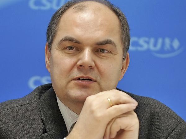 Christian Schmidt aus Obernzenn, seit 2005 Parlamentarischer Staatssekretär im Verteidigungsministerium, wechselt nun ins Entwicklungsministerium.