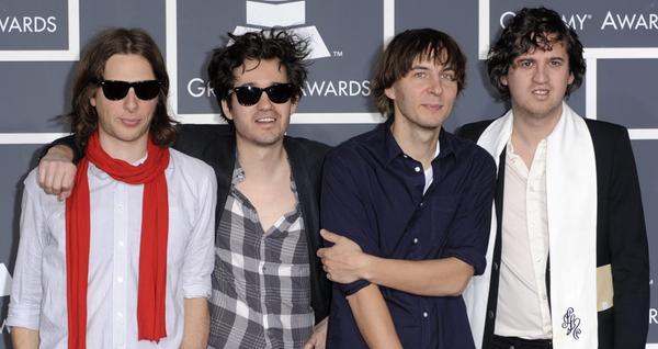 Phoenix liefern fast perfekte Popmusik