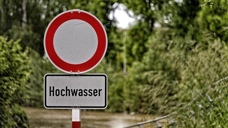 Auch am Gaisbach dasselbe Bild: Sperrung statt Beschaulichkeit.
