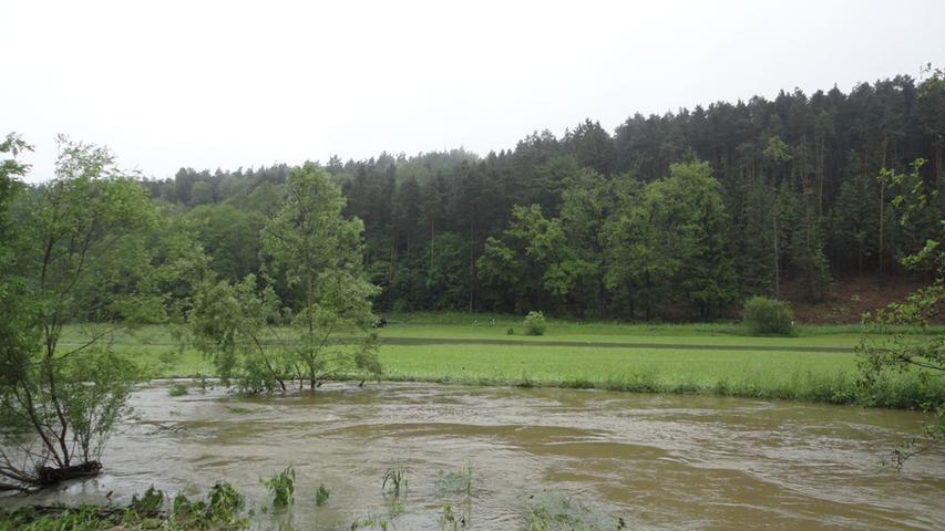 ...der eigentliche Lauf des Flusses noch grob abschätzen.