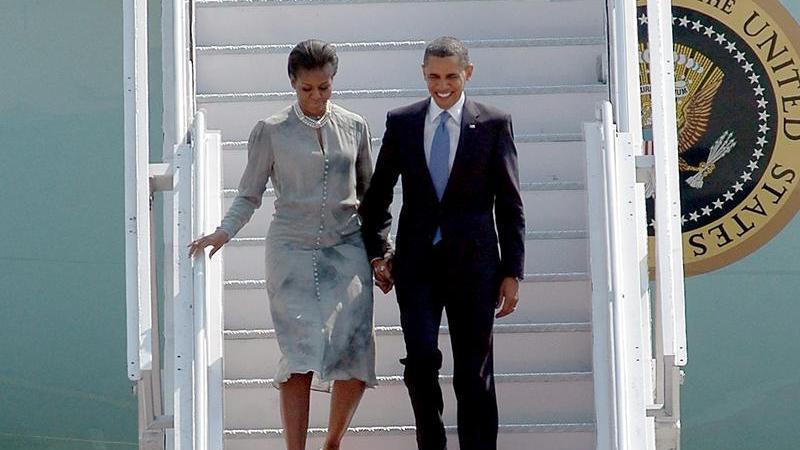 US-Präsident Barack Obama und seine Ehefrau Michelle bei der Ankunft in Mumbai.