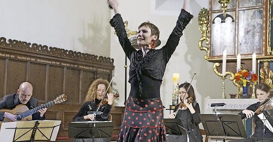 Überraschungsgast beim Konzert des Esterhazys-Quartetts in Dietersdorf war die Tänzerin Christina Bub.