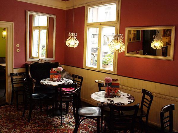 Klein, aber gemütlich: Das Teehaus in Erlangen.