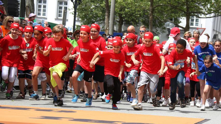 Metropolmarathon Fürth - Die Kids sprinten los