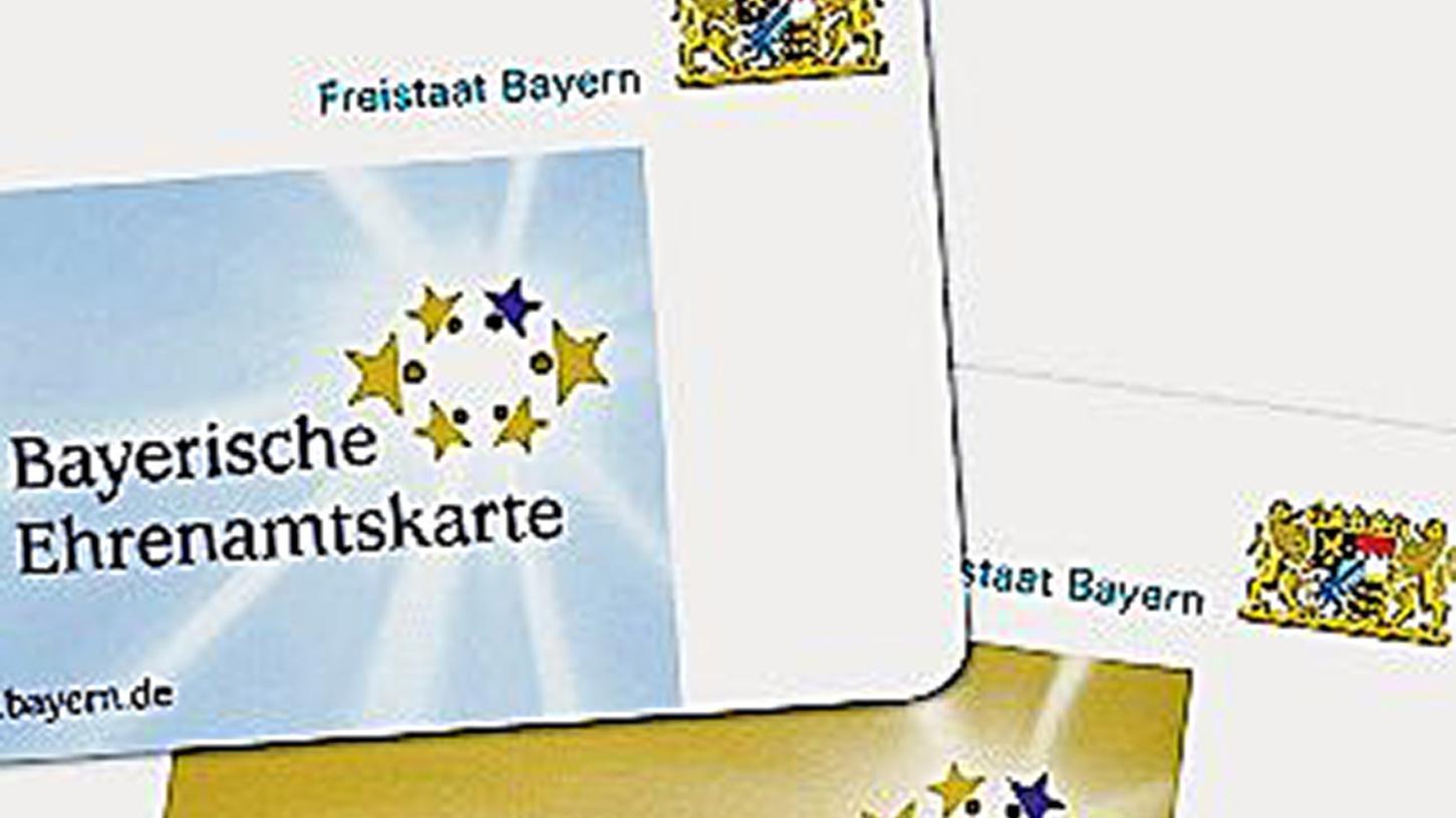 Stadt Fürth konnte bereits die 500. Ehrenamtskarte überreichen.