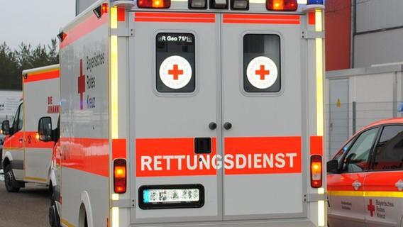 Fußgänger auf B22 von Auto erfasst: Schwer verletzt - Nordbayern.de