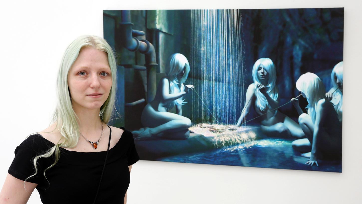Die Studenten stellen ihre besten Arbeiten des letzten Jahres aus: Marie-Kathrin Saalfrank mit ihrem Bild