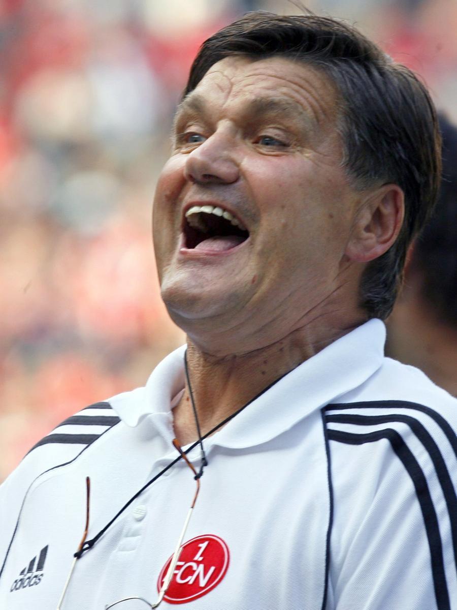 Doch die Euphorie währte nicht lange: Nach dem Absturz auf einen Abstiegsplatz in der Saison 2007/08 wurde Meyer am 11. Februar 2008 wegen anhaltender Erfolglosigkeit beurlaubt.