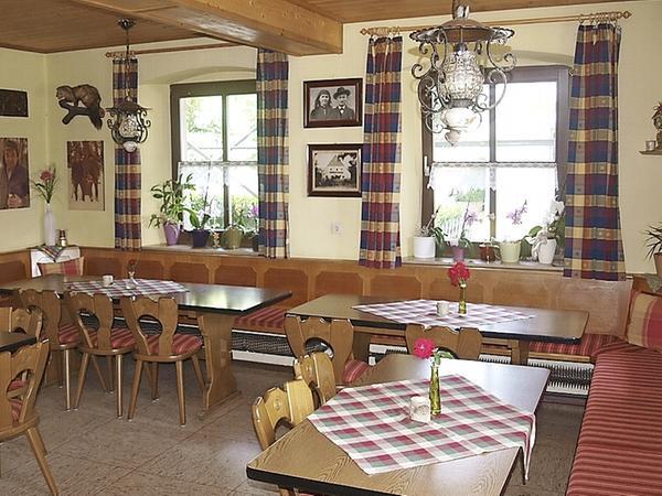 Die kleine Wirtsstube im Gasthaus Schmitt in Haßlach ist nach Ansicht der Jury sehr schön und überschaubar.