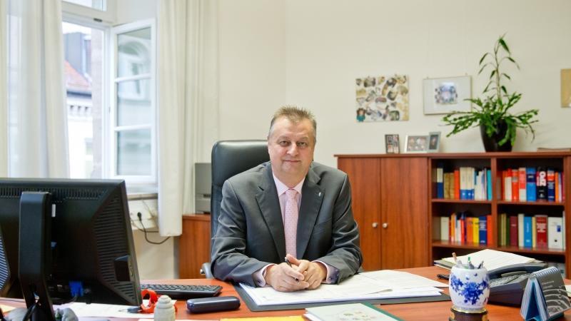 Der Vorsitzende des Bayerischen Richtervereins und Direktor des Amtsgerichts Fürth, Walter Groß, kritisiert im Interview das Vorgehen der Politik im Fall Mollath