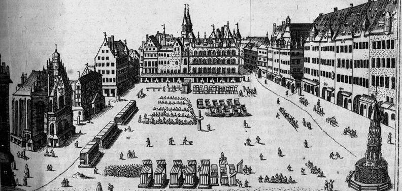 Nürnbergs zentraler Marktplatz hat in den vergangenen Jahrhunderten viele Veränderungen erfahren. Auf dieser Darstellung aus dem Jahr 1707 sieht man auf der linken Seite die Frauenkirche, auf der rechten Seite den schönen Brunnen. Das Areal, auf dem sich der Hauptmarkt heute befindet, war im 12. Jahrhundert ein Sumpfgebiet am Ufer der Pegnitz.