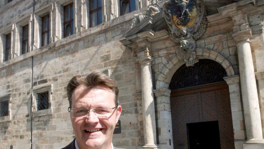Der 53-jährige Rechtsanwalt Michael Frieser wurde in seinem Wahlkreis Nürnberg-Süd in den Bundestag gewählt.(Klicken Sie hier für mehr Infos zu Michael Frieser)