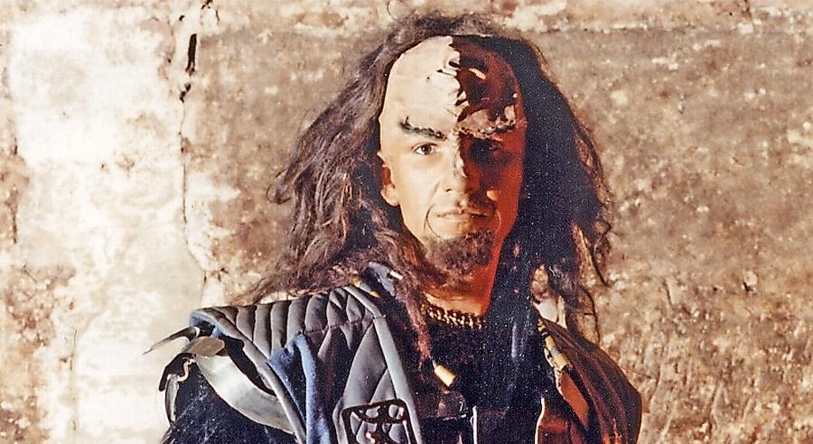 Peter Wipplinger macht als Klingone eine sehr authentische Figur. Nun muss er aber fürchten, dass eines seiner Sammlerstücke vernichtet wird.