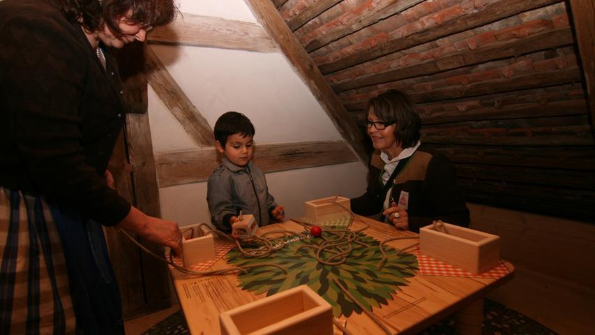 Für die Kleinen gibt es im Freilandmuseum zahlreiche Mitmachstationen.
