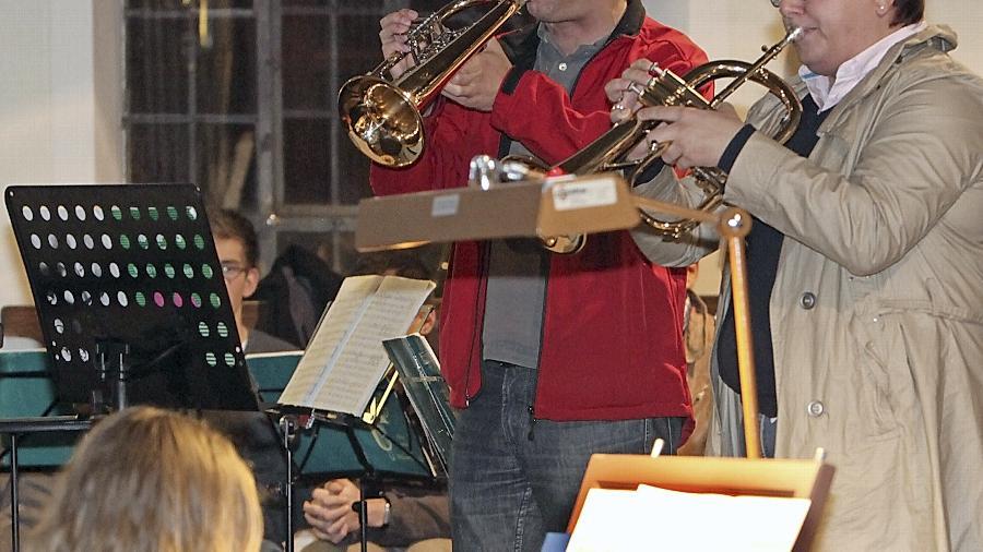 Die Trompeter Christina Günzel und Norbert Grob sowie Evi Auerbach an der Orgel nahmen die Besucher auf eine romantische Traumtour mit.