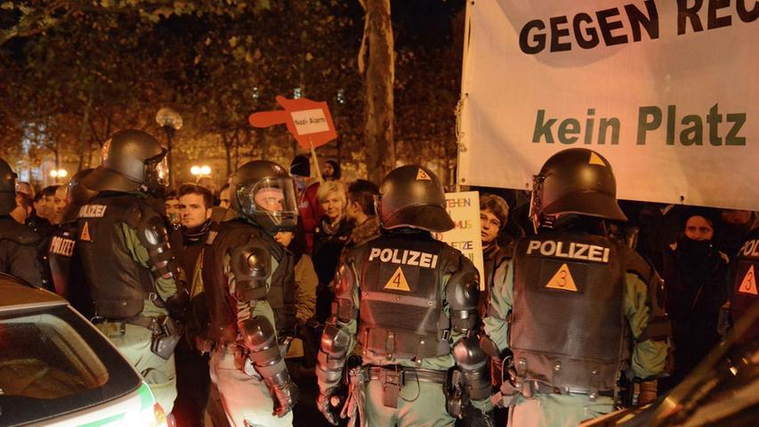 Neonazi-Demo in Fürth hält Polizei in Atem