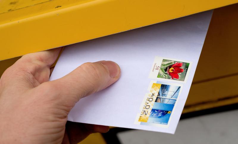 Immer wieder verschicken auch in Franken Menschen Geld mit der Post.