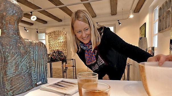 Unterschiedlichste Exponate sorgen bei der Herbstausstellung im Schloss Pilsach für ein buntes glitzerndes Kunstvergnügen.Alle
