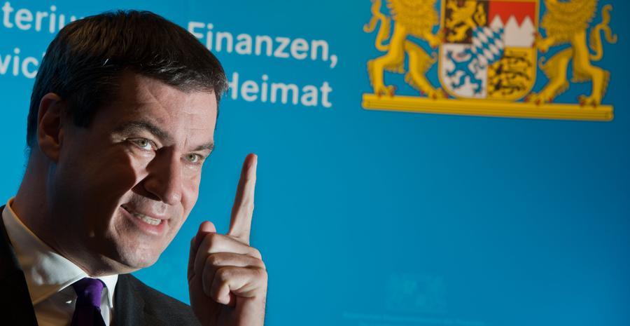 Der amtierende Ministerpräsident Bayerns, Markus Söder, konnte seinen Stimmkreis Nürnberg-Ost klar für sich entscheiden. Auf den CSU-Mann, der zuvor als Umwelt- und Gesundheitsminister sowie als Finanzminister dem Kabinett angehörte, entfielen 38,10%.