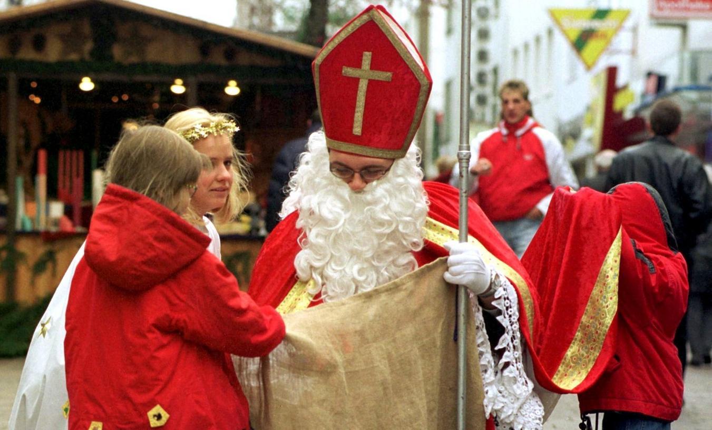 Wann Kommt Der Weihnachtsmann In Deutschland