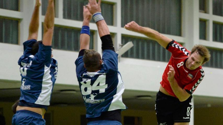 30.11.2013 --- Handball --- Saison 2013 2014 --- Bezirksoberliga BOL Männer :  HG / HSC Fürth - MTV Stadeln --- Foto: Sport-/Pressefoto Wolfgang Zink / WoZi
