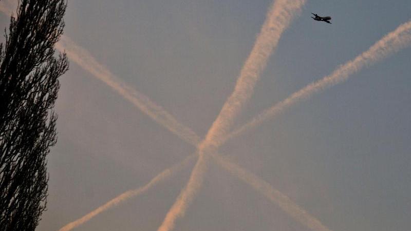 Von Chemtrails bis 9/11: Die populärsten Verschwörungstheorien