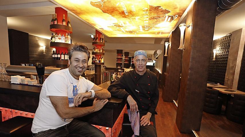 Die beiden wollen Australien nach Nürnberg bringen, zumindest kulinarisch: Chef Richard Karatay (li.) und Koch Leny Endazki servieren in schickem Ambiente Känguru, Krokodil und Strauß.