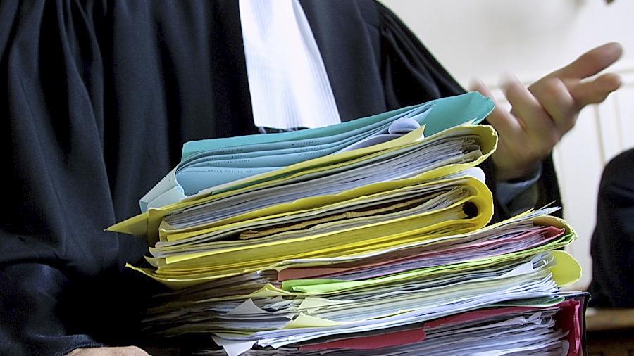 Hartnäckiger Bürger aus Ostbayern: Horst G. hat sich durch eine Reihe von Petitionen erfolgreich für Gesetzesänderungen eingesetzt. (Symbolbild)