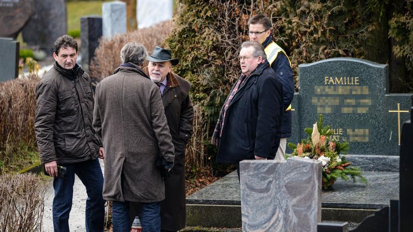 Die Staatsanwaltschaft Bayreuth hat ihre Ermittlungen am 18. Februar 2015 gegen drei bislang Tatverdächtige eingestellt.