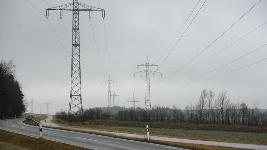 Die Amprion GmbH mit Sitz in Dortmund betreibt ein 11.000 Kilometer langes Übertragungsnetz zwischen Niedersachsen und Süddeutschland mit 160 Schalt- und Umspannanlagen. Aufgabe der rund 950 Mitarbeiter ist es, jederzeit Strom zu marktgerechten Preisen sicher zu übertragen.