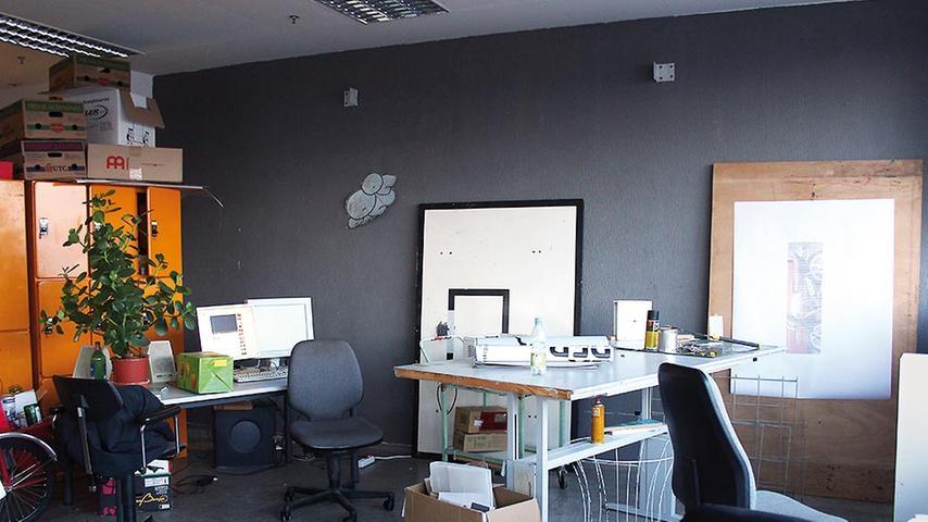 Neben Künstlern und Grafikdesignern hat sich in diesem Raum des fünften Stocks ein Architekturbüro angesiedelt.