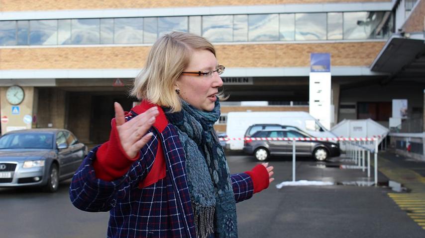 Sabrina Bohn ist Vorstandsmitglied des Bürgervereins Gostenhof-Muggenhof-Kleinweidenmühle-Doos. Die 30-Jährige findet, dass das Quelle-Gebäude mit seiner Geschichte, seiner nationalen Bedeutung und Größe und mit dem Unternehmen im Hintergrund mit nichts vergleichbar ist. Deswegen sei es in diesem Fall auch notwendig,