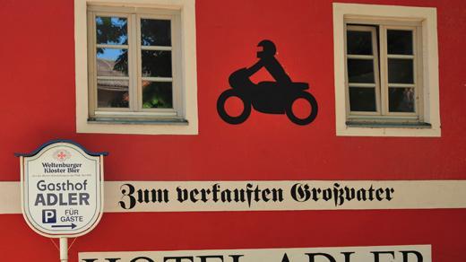 Gasthof zum verkauften Großvater - Hotel Adler