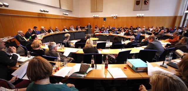 Nachdem auch die CSU jeden zweiten Listenplatz mit einer Kandidatin besetzt hat, was bei Grünen und der SPD schon länger der Fall ist, dürften Frauen auch im neuen Stadtrat gut vertreten sein.