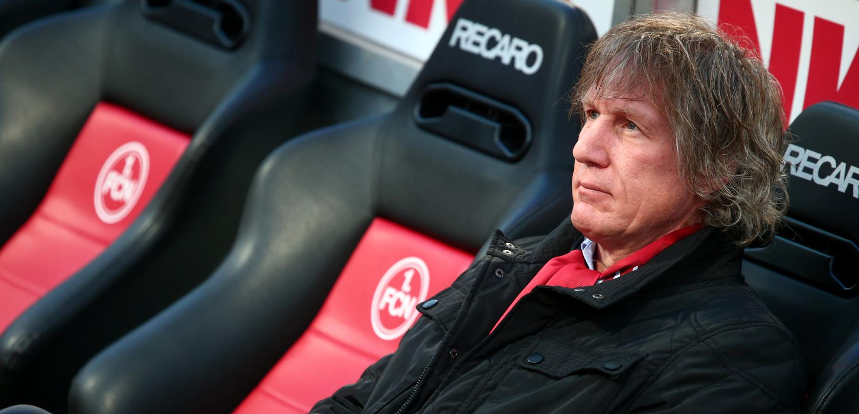 Die Stunden von Gertjan Verbeek als Trainer des 1. FC Nürnberg scheinen gezählt.