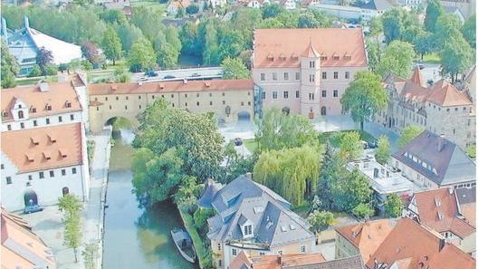 Amberg-Sulzbach: Drei Bewerber wollen Landrat werden
