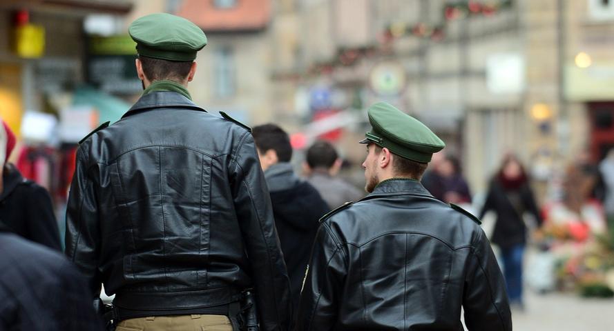 Acht Großstädte mit mehr als 100.000 Einwohnern gibt es in Bayern. Die Kriminalstatistik für das Jahr 2014 zeigt, wo die meisten Straftaten begangen werden und wo es sich am sichersten lebt.