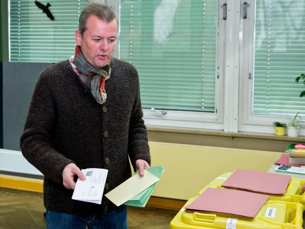Auch Nürnbergs amtierender Oberbürgermeister Maly wählte an diesem Sonntagmorgen.