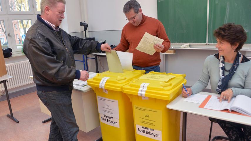 Kommunalwahl: Erlanger Bürger strömen zu den Urnen
