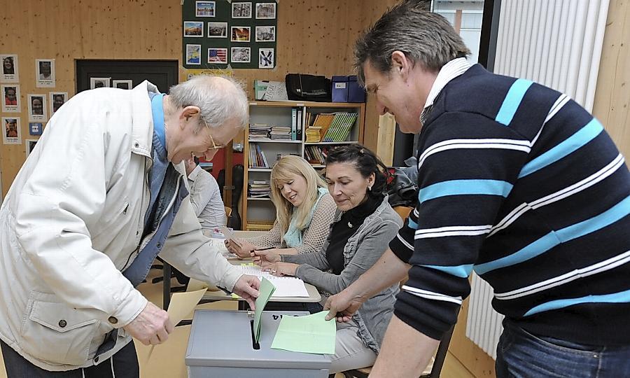 Welche Partei lag in welchem Stimmbezirk vorne? Ein einziges Mal hätte die CSU die SPD beinahe erwischt. Unser Foto stammt aus der Kiderlinschule.
