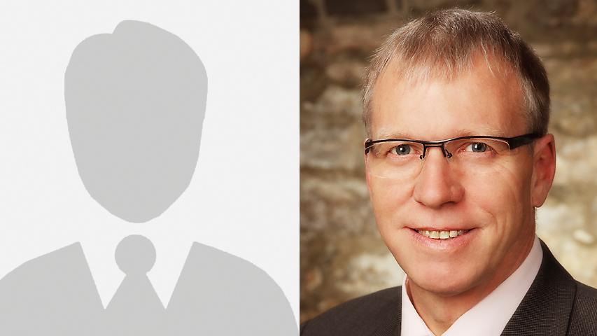 In Markt Norheim gewinnt Harald Endreß (rechts) von der Örtlichen Wählergemeinschaft Ulsenheim gegen mit 65 Prozent der Stimmen gegen Karlheinz Liebberger von den Freien Wählern.