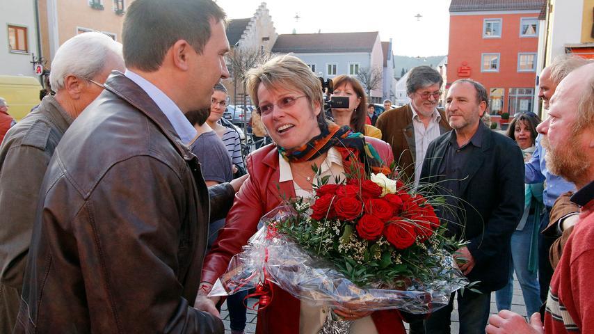 Carolin Braun ist die erste Frau, die einen Bürgermeisterposten im Landkreis  Neumarkt erringen konnte. Dass dies zudem als SPD-Kandidatin gelang, machte die  Überraschung doppelt perfekt.
