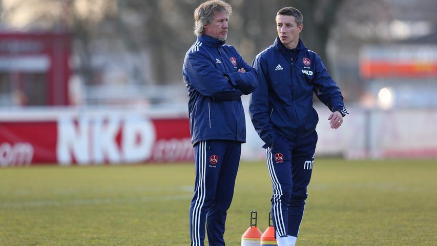 Die Trainer kamen und gingen, das Phantom blieb. Nach seiner Zuarbeit für Michael Wiesinger assistierte Mintal dem Niederländer Gertjan Verbeek.