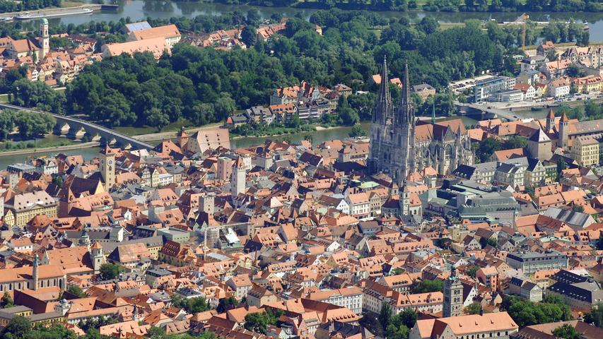 Am gefährlichsten ist es in Regensburg. Insgesamt gab es 14.012 Fälle in der Domstadt. Das entspricht 9989 Fälle pro 100.000 Einwohnern.